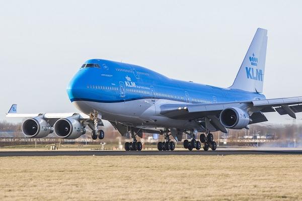 Chiếc Boeing 747 cuối cùng hạ cánh xuống đảo St Maarten